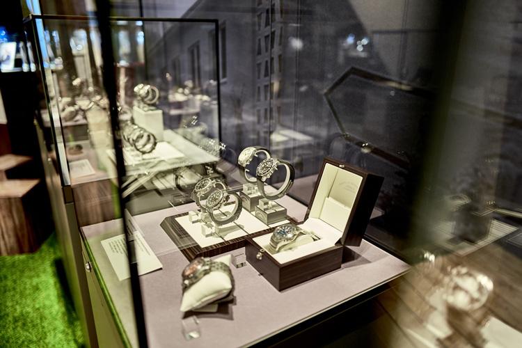 Armbanduhren der jüngeren Geschichte Stiftung Deutsches Uhrenmuseum Glashütte