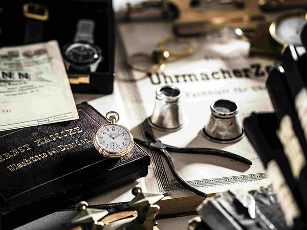 Imagebild Glashütter-Antik-Uhrenbörse