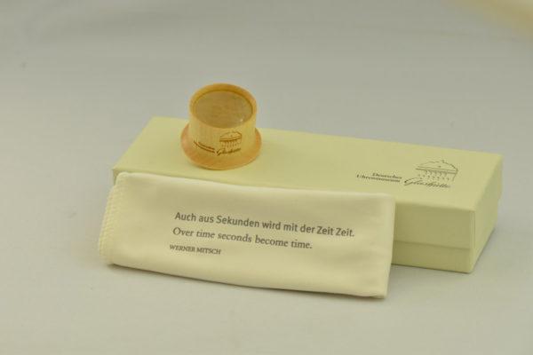 Set mit Uhrmacherlupe und Mikrofasertuch